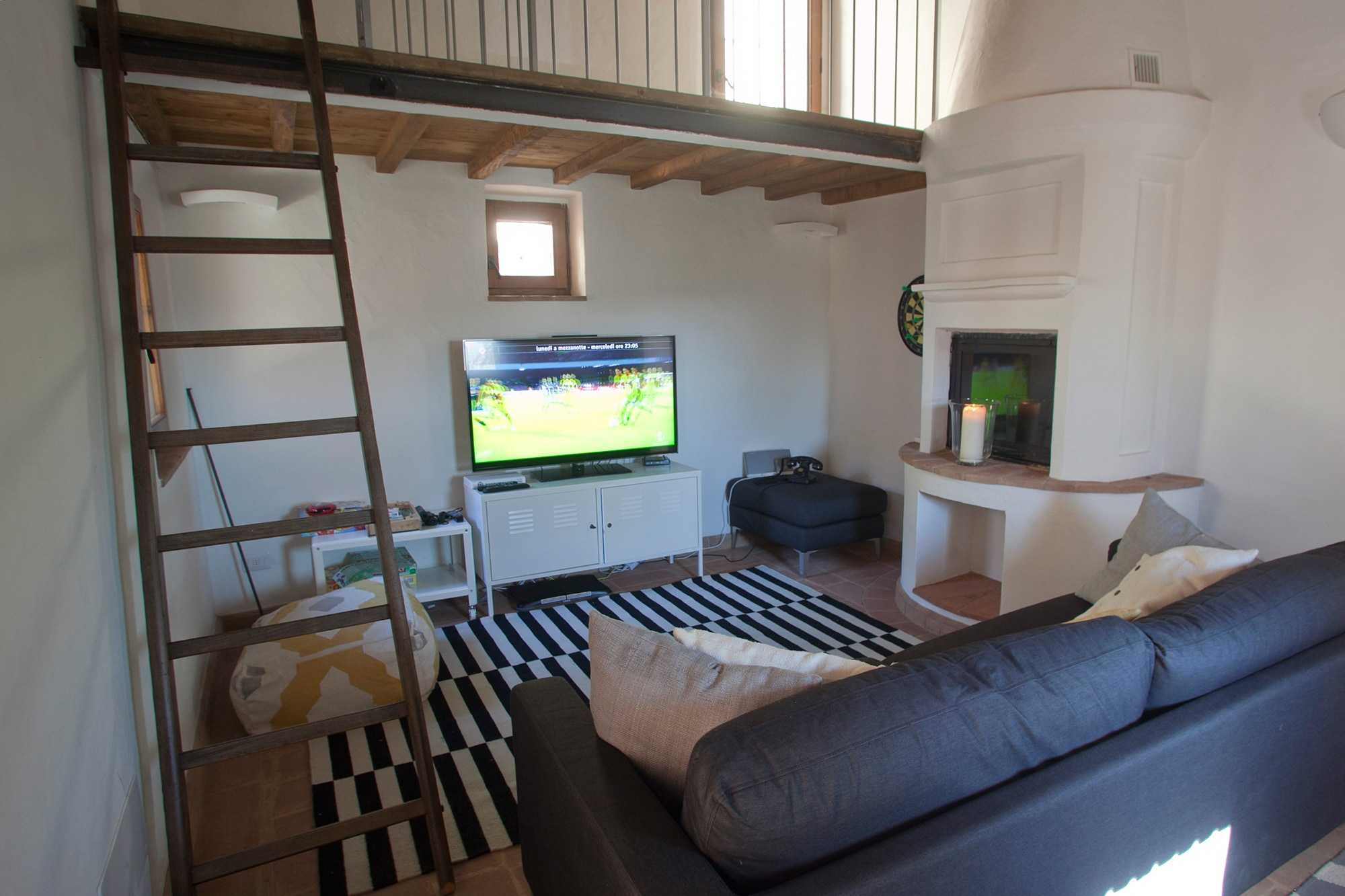 Games Room/Kids Sleeping Loft