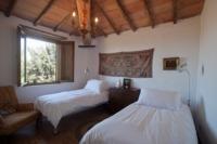 mandorlo twin guest bedroom
