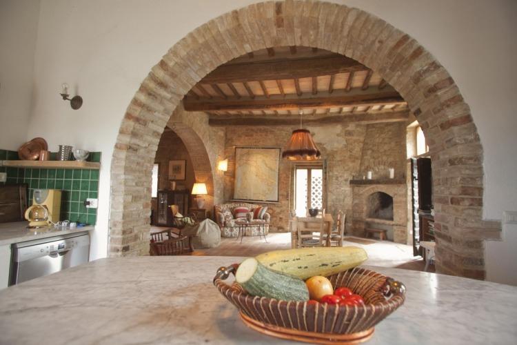 Breakfast Area & Sitting Room - mandorlo