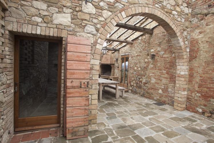 Il Mandorlo Courtyard Patio