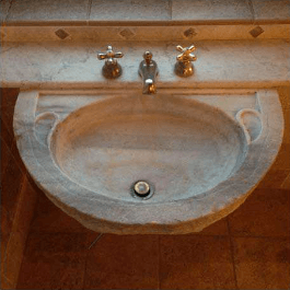old marble sink at il mandorlo