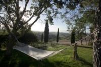 italy-retreat-hammock